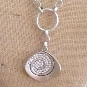 Premier Designs Necklace + reversable earrings